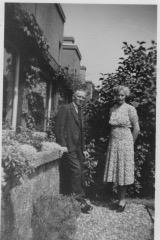 Echtpaar P. Alkema, Klimopstraat 23, 1947